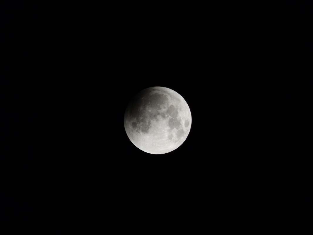 super-bloodmoon-lunar-eclipse (2)