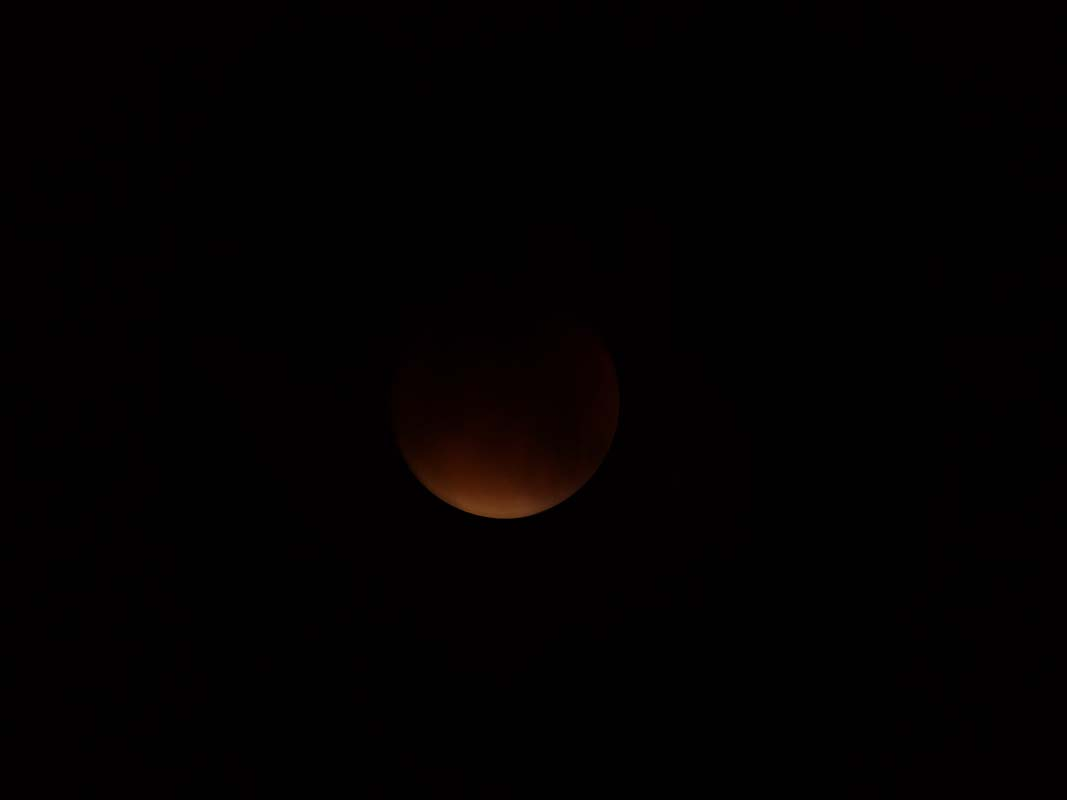 super-bloodmoon-lunar-eclipse (6)