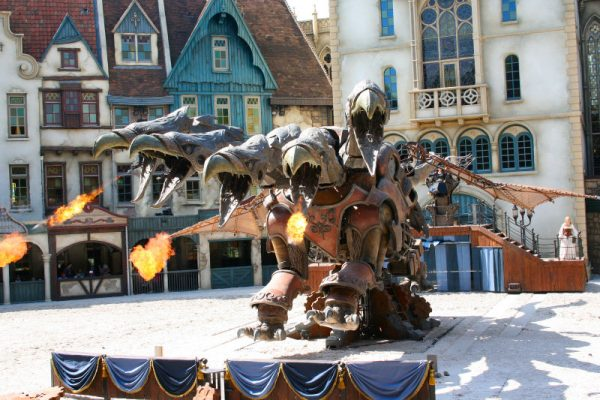 animatronic-dragon-Raveleijn-show